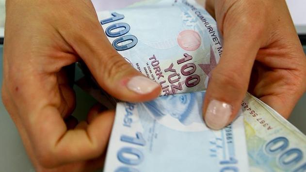 Bakan Selçuk'tan emeklilere bayram müjdesi