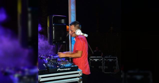 """Mahmut Görgen: """"Kızların DJ'lere güveni yok!"""