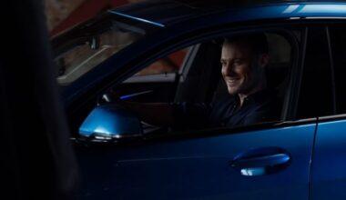 Ünlü Oyuncu Kerem Bürsin Yeni BMW 2 Serisi Gran Coupé'nin Direksiyonuna Geçti