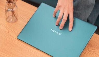 Dosya kağıdı kadar küçük, iki parmakla taşınacak kadar hafif HUAWEI MateBook X